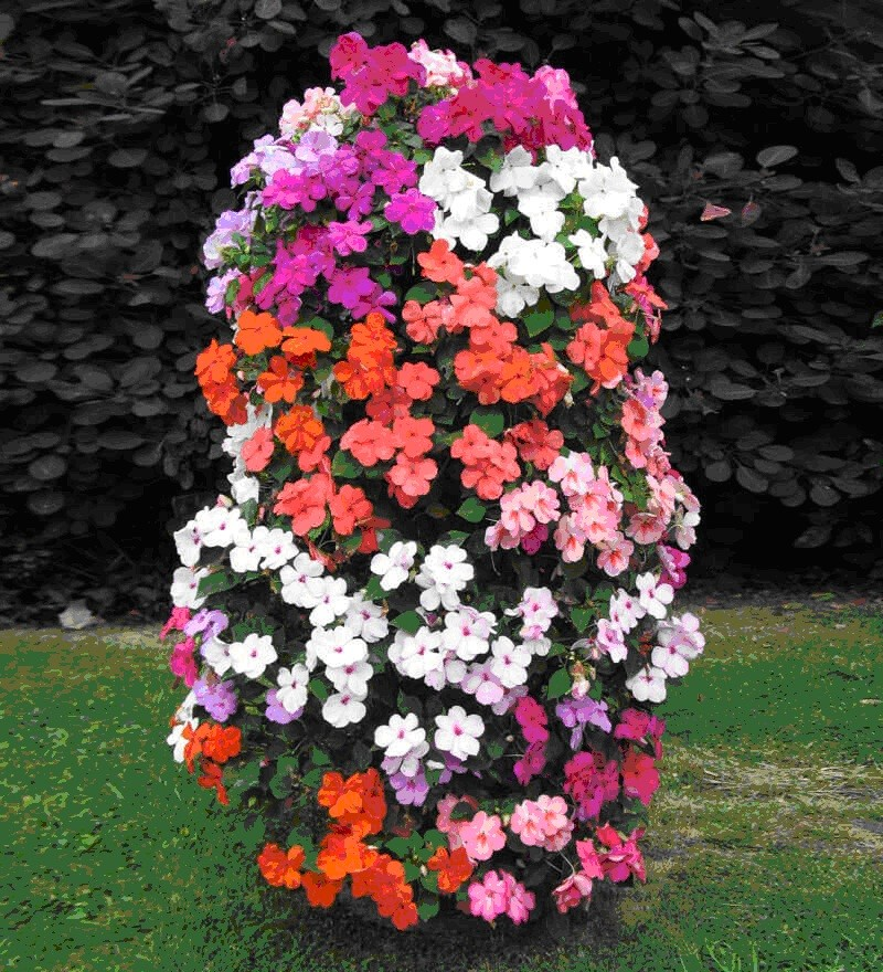 цветочная клумба в виде столба